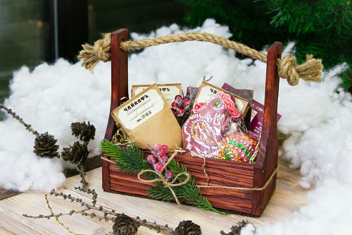 Лучшие идеи подарков для родителей на Новый год Быка 2021