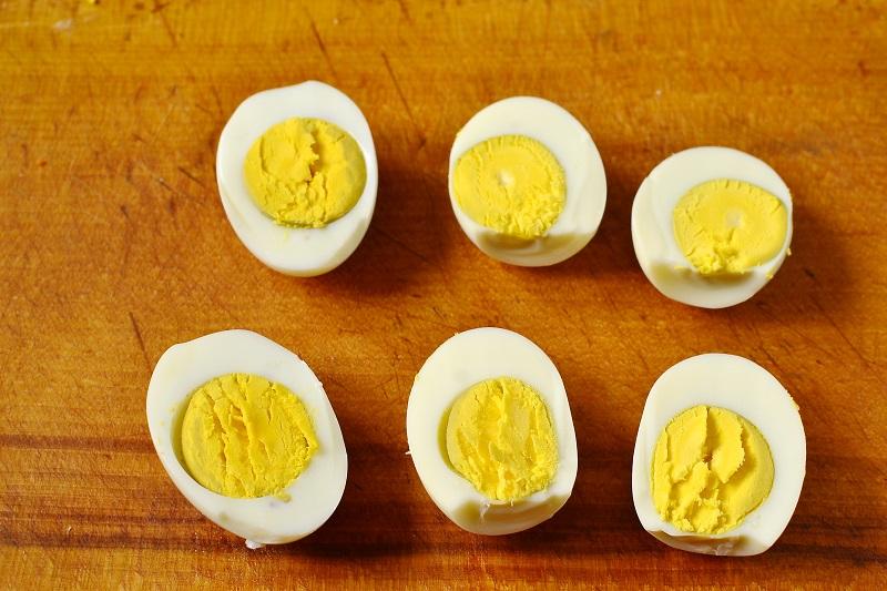 Фаршированные яйца «Крыски»